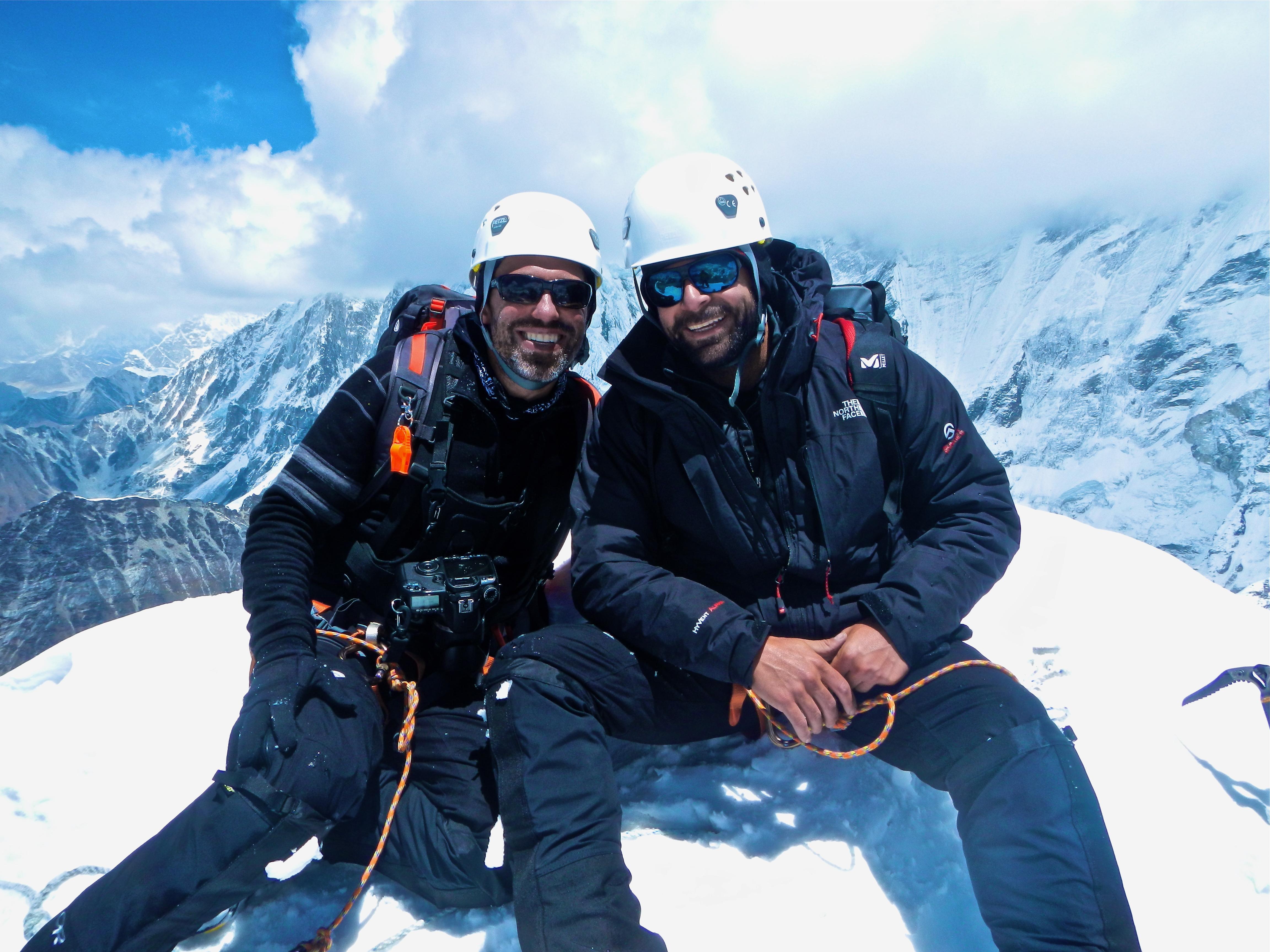 Imja Tse   Edging Toward Everest
